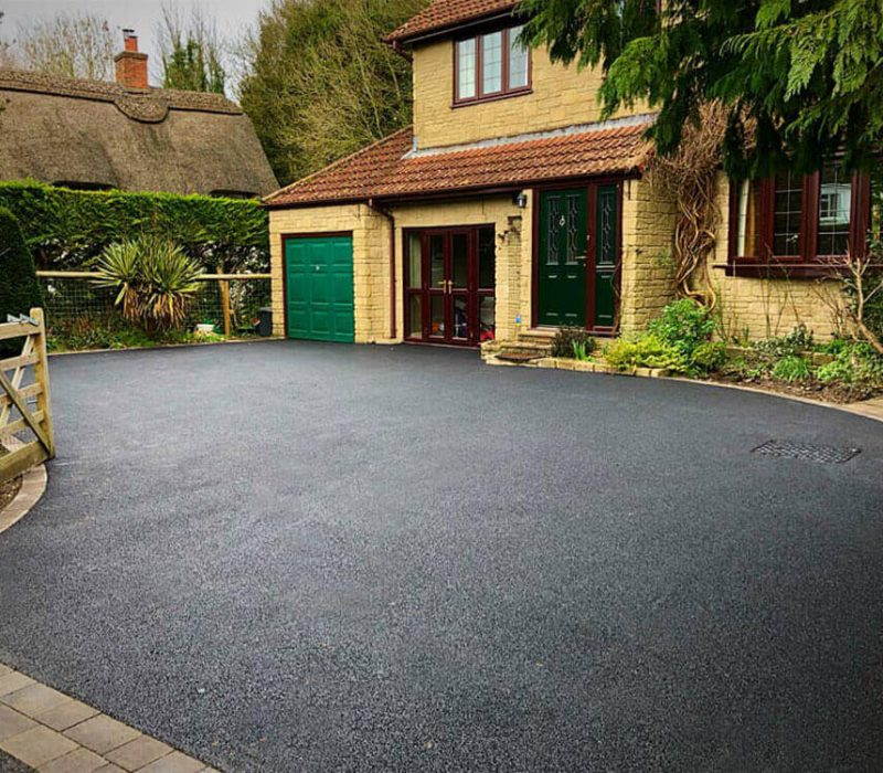 Proud to provide Portsmouth tarmac driveways like this one.